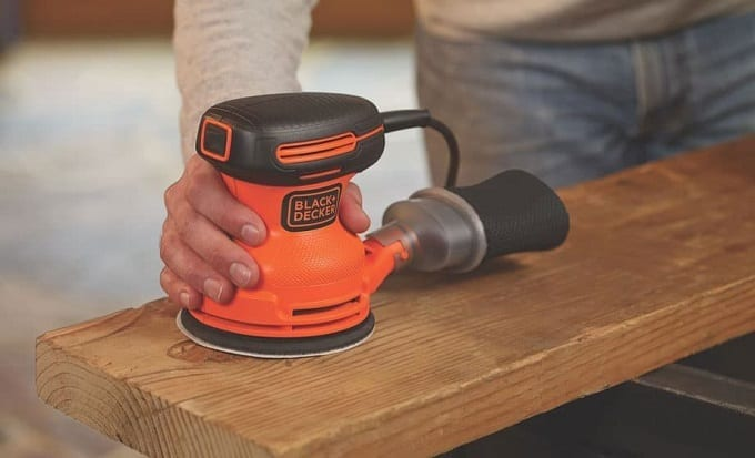 Using Electrical Sander